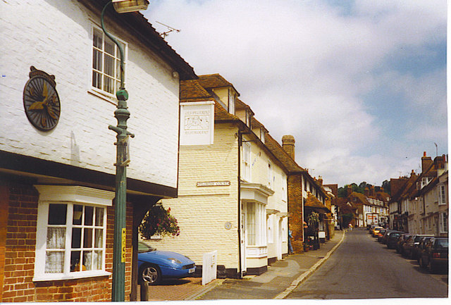 Charing Village Centre - geograph.org.uk - 251588