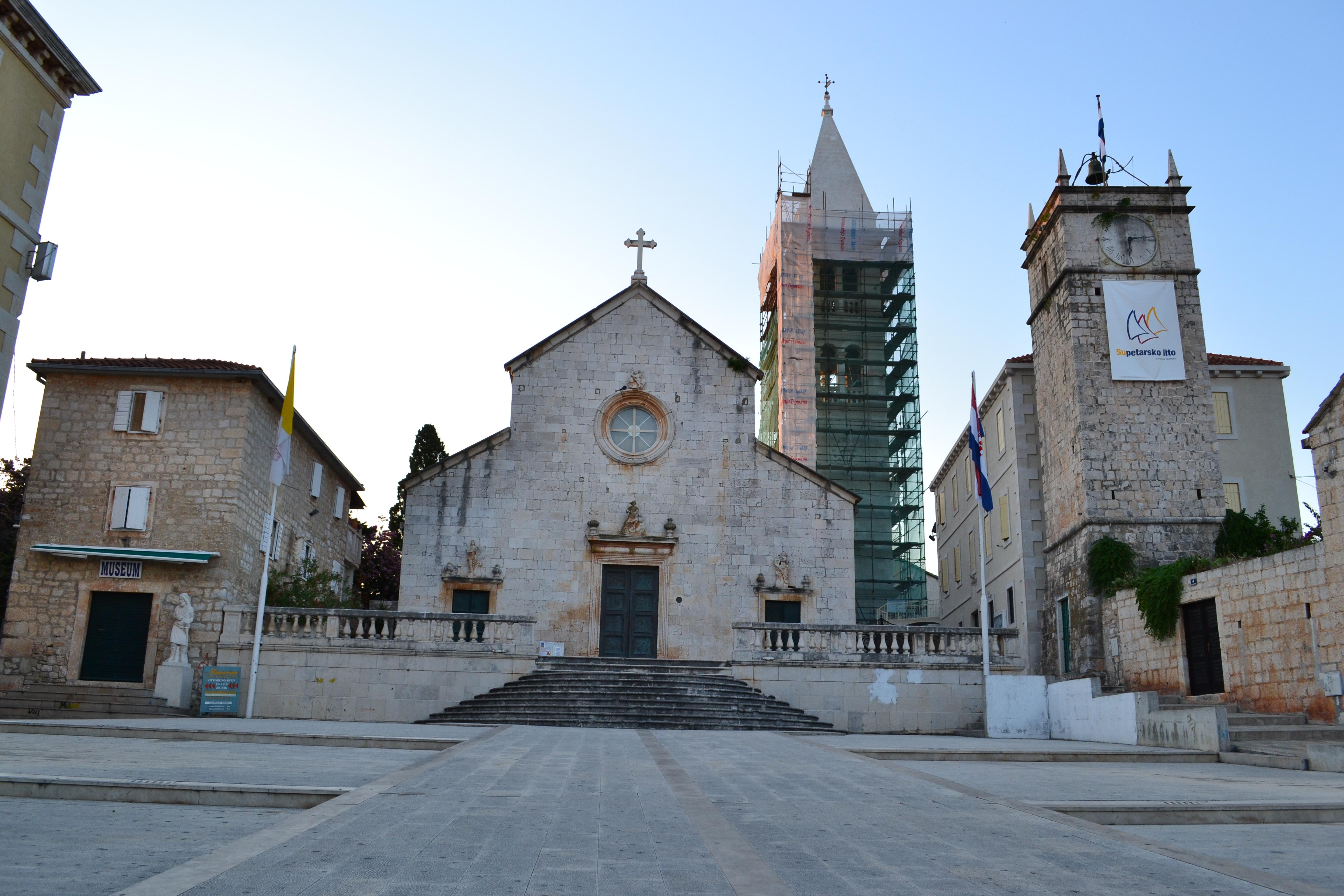 File Church In Town Supetar  Island Brac  Split-dalmatia County  Croatia  Jpg
