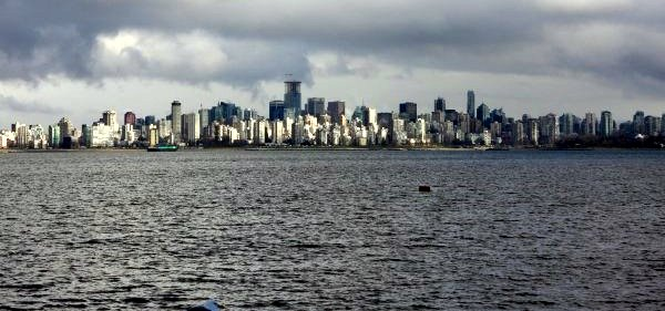 File:City of vancouver water view.jpg