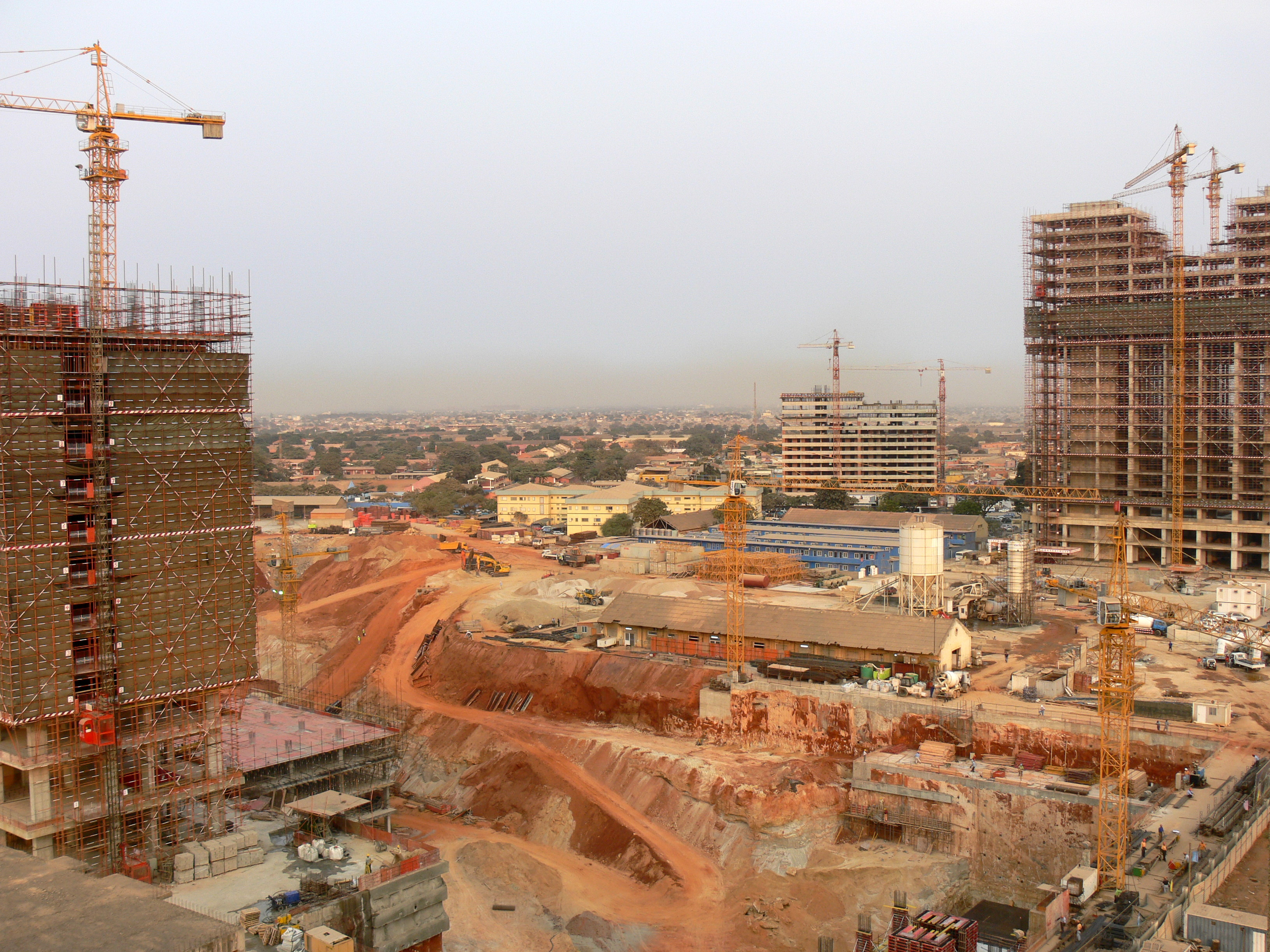 File construction site luanda jpg for Site in construction
