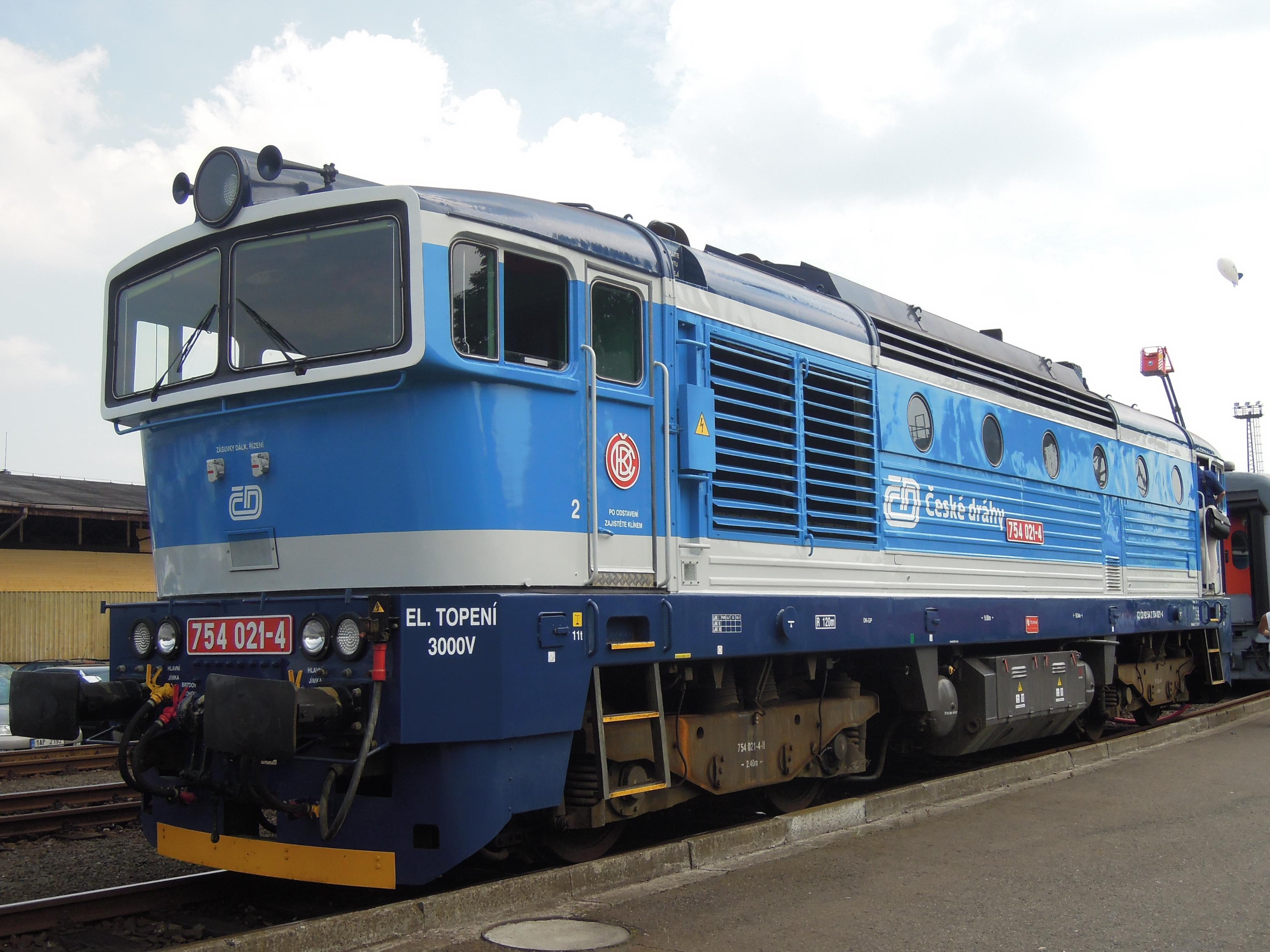 File:Czech Raildays 2012, ČD 754, 754 021-4 (02)