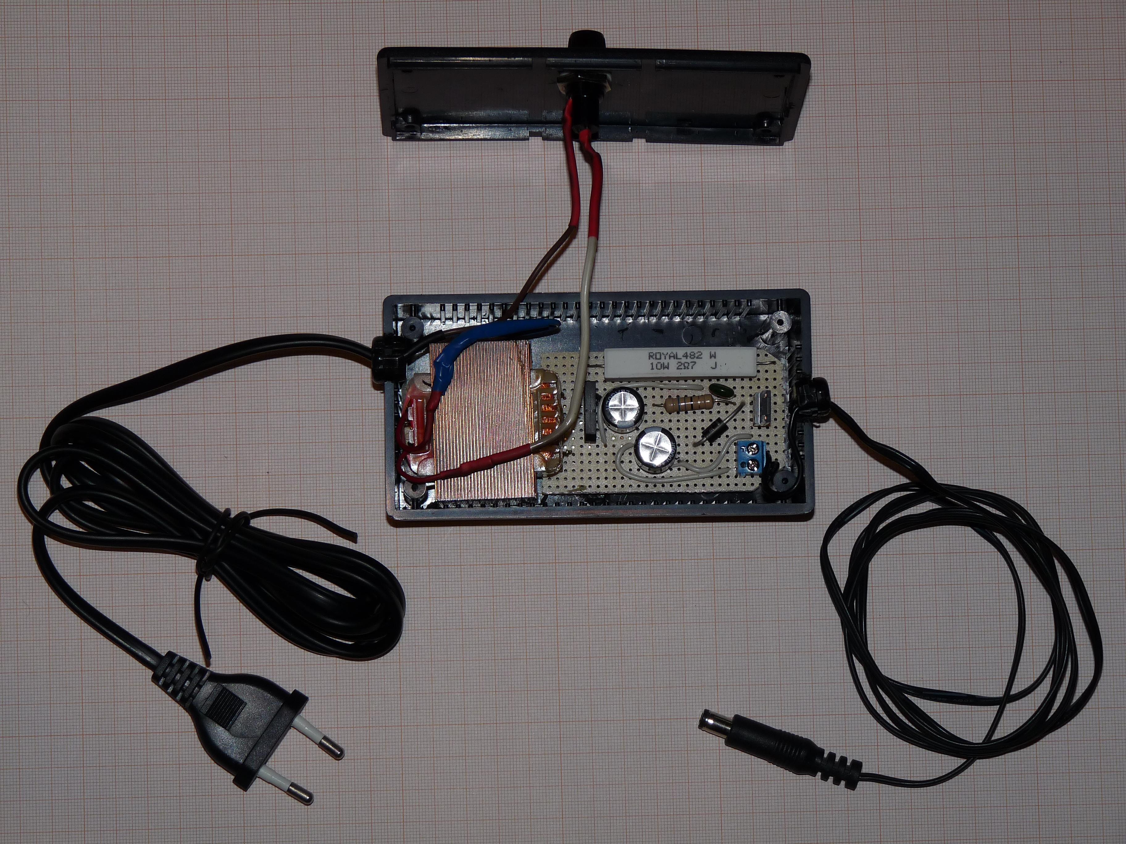 File:DIY power supply 12V 1A.JPG - Wikimedia Commons