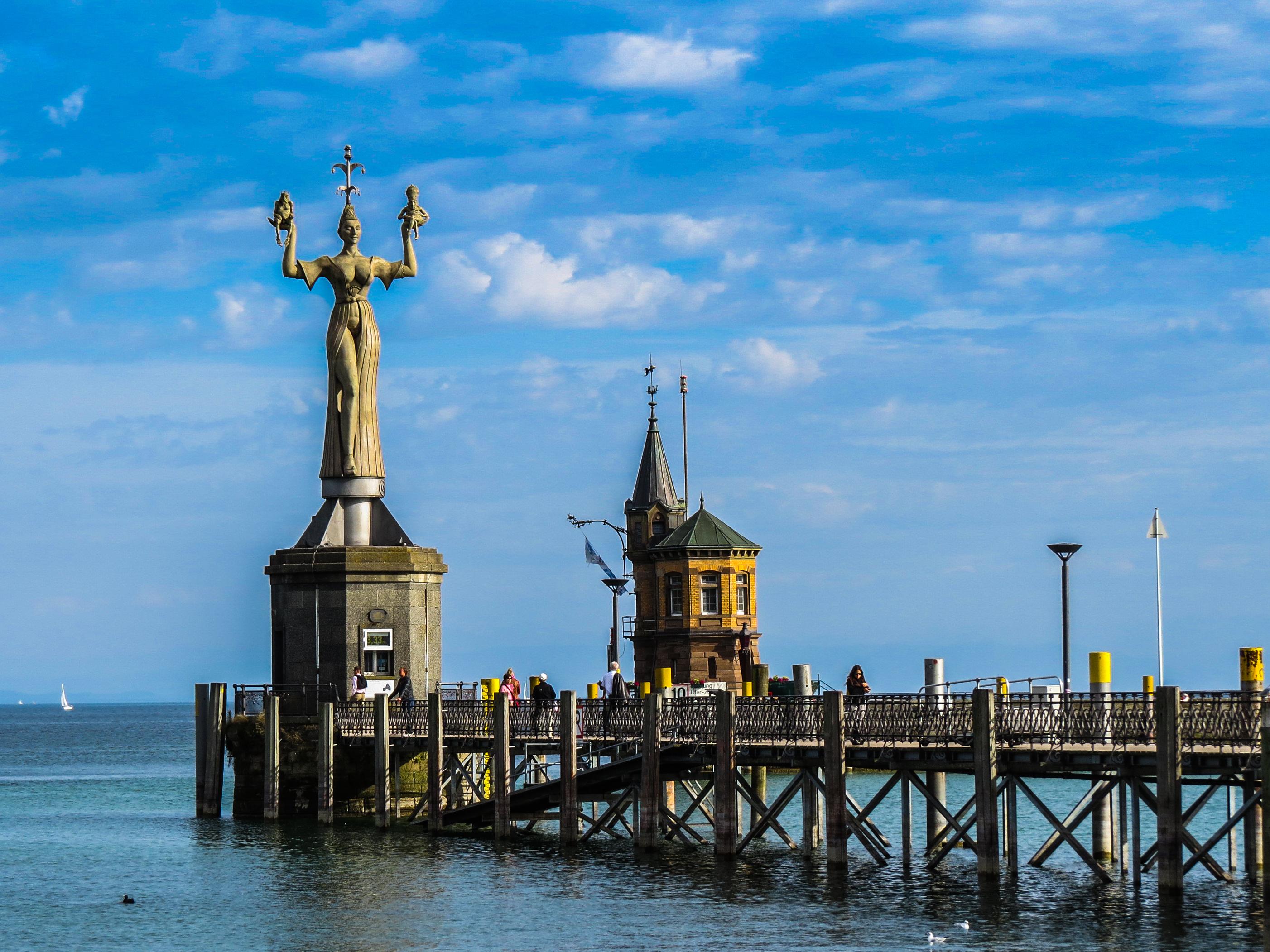 File Die Imperia An Der Hafeneinfahrt Am Bodensee Konstanz