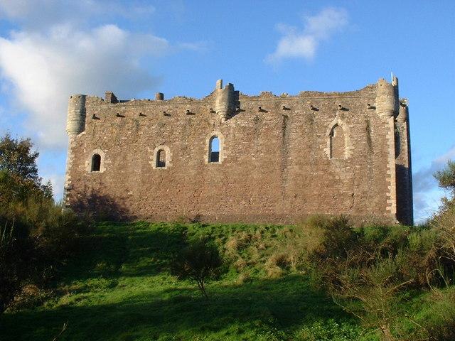 Doune Castle - geograph.org.uk - 194854