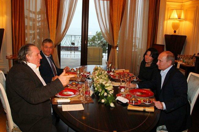 Restaurant Russe  D Ef Bf Bdcembre  Paris