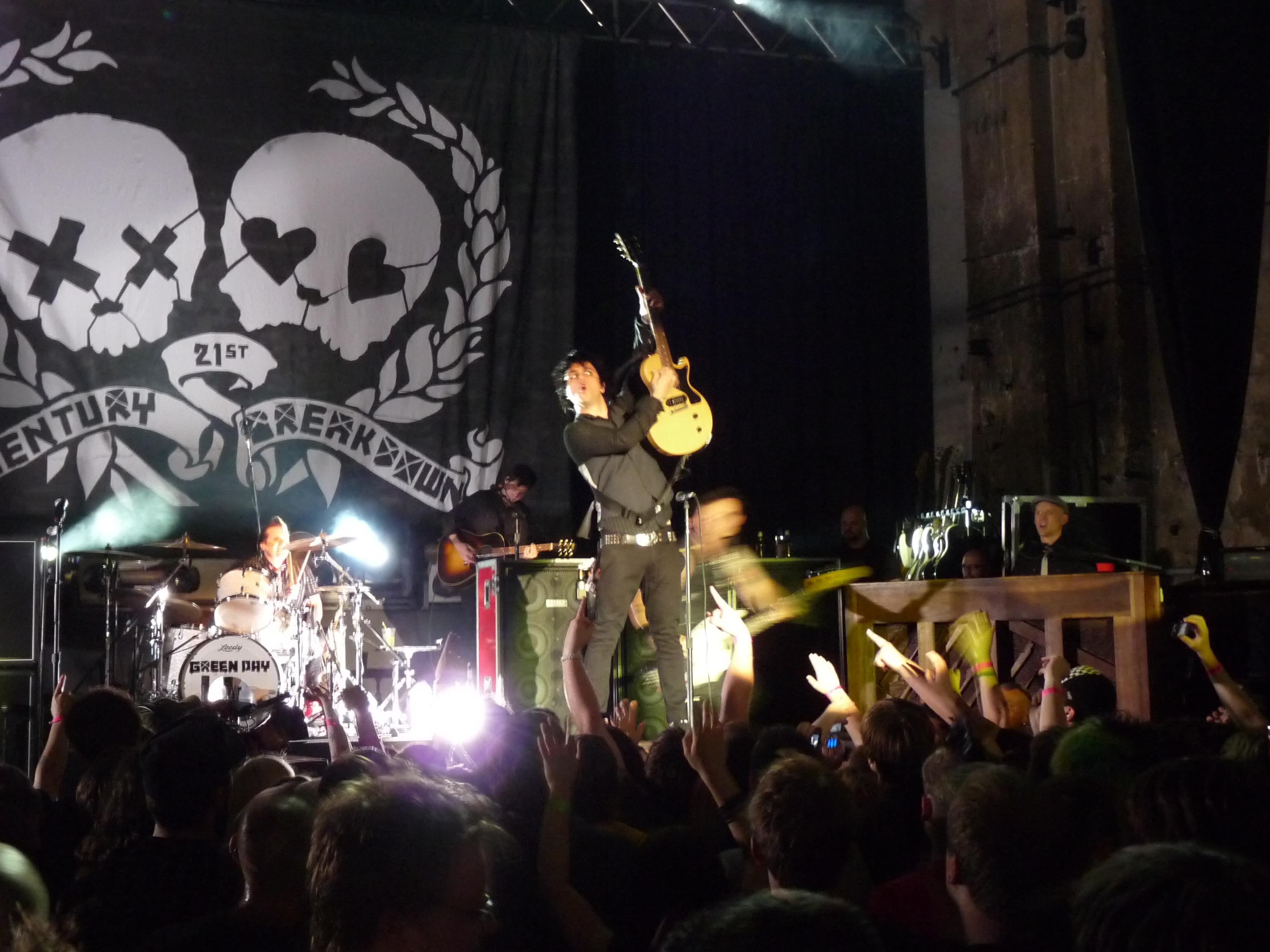 Rock Revolution Tour