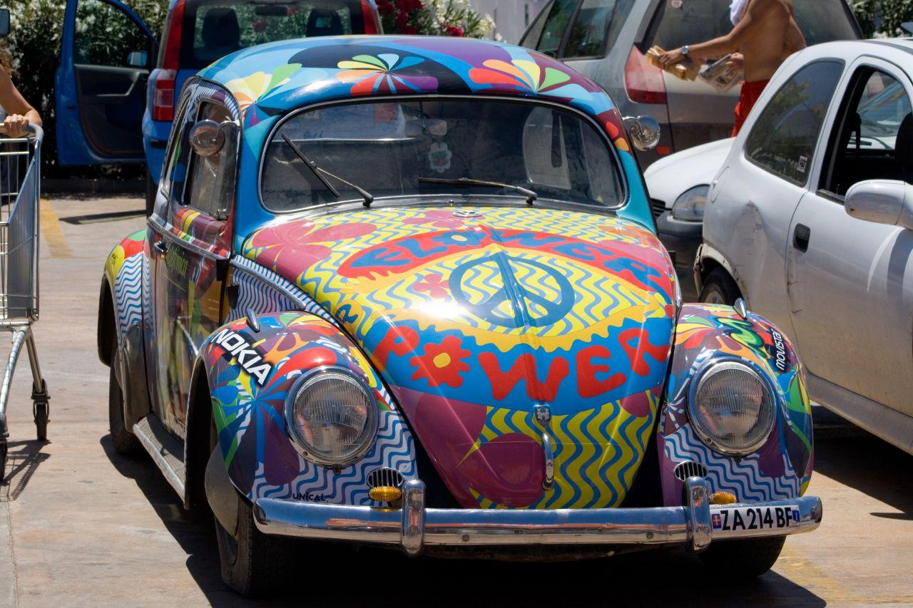 Hippie_bug%21_%281043753793%29.jpg
