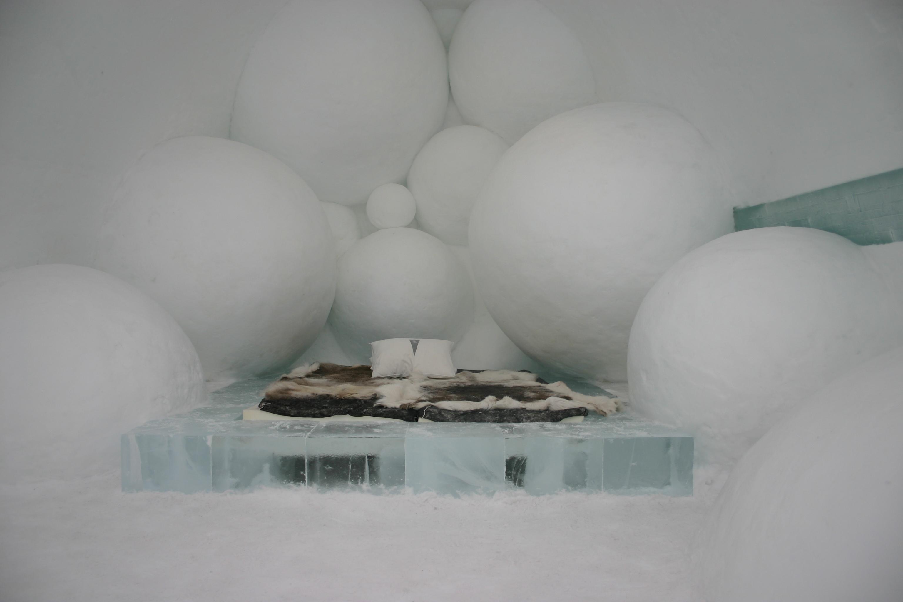 file icehotel se 25 jpg wikimedia commons. Black Bedroom Furniture Sets. Home Design Ideas