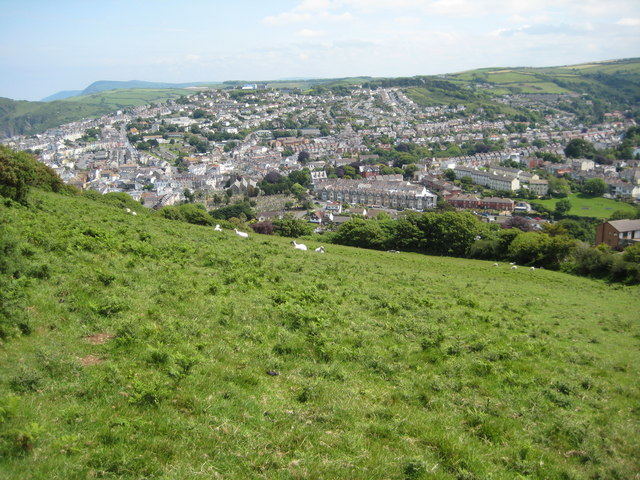 File:Ilfracombe viewed from the west - geograph.org.uk - 1430454.jpg