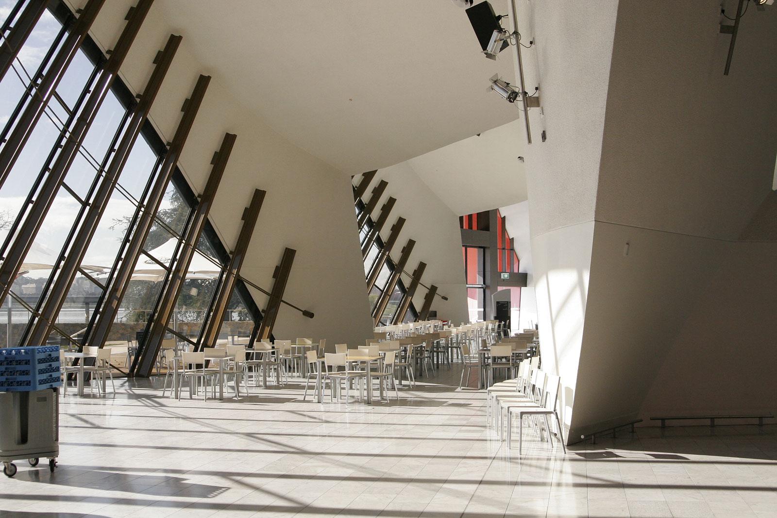 File:Interior of national museum.jpg - Wikimedia Commons