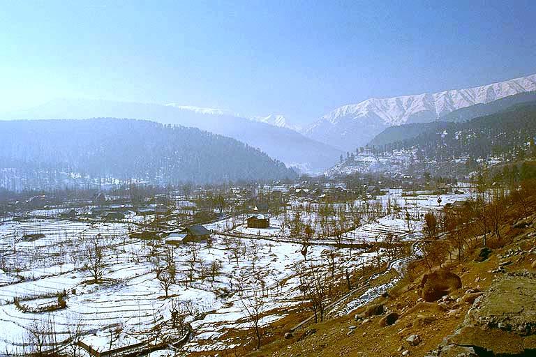 Archivo:KashmirVale.jpg