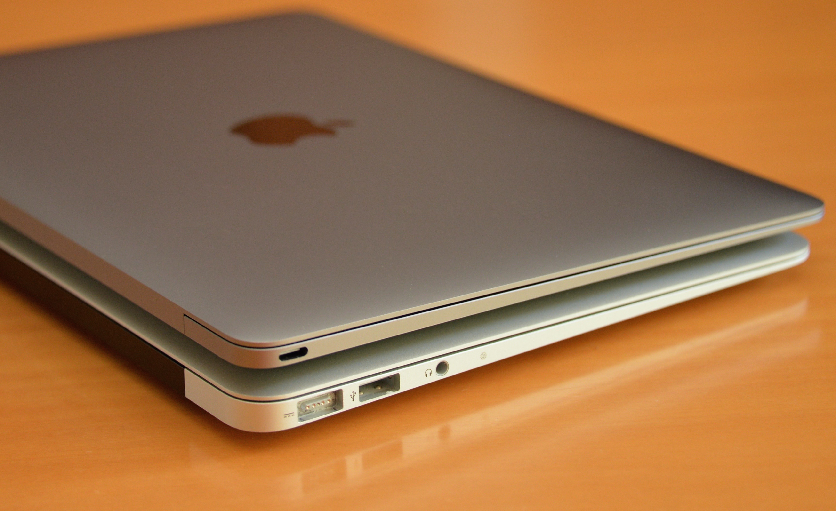 apple set to release newest macbook air tech headlines. Black Bedroom Furniture Sets. Home Design Ideas