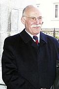 Michel Crauste Raymond Kopa obsèques Jean Prat Lourdes travail de www lourdes-infos com Gérard Merriot 2.jpg