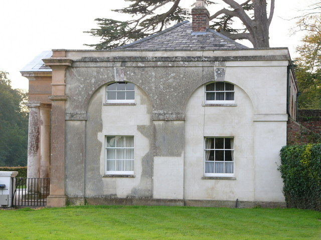 Middle lodge Stansted Park - geograph.org.uk - 424793