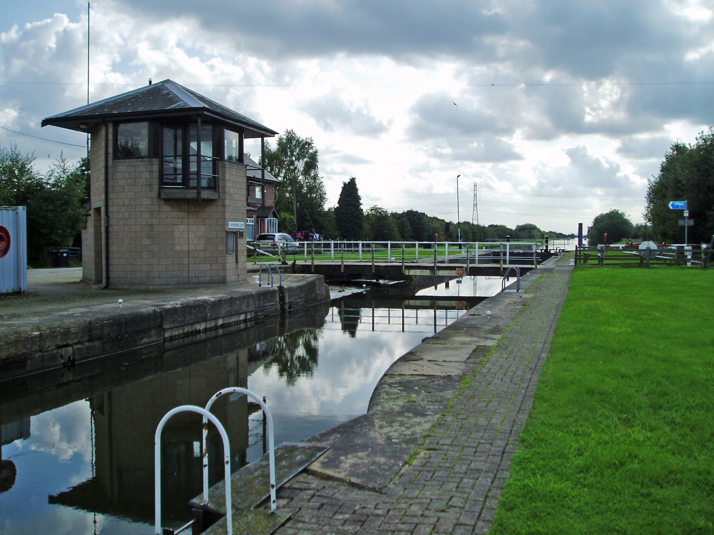 Sykehouse Lock