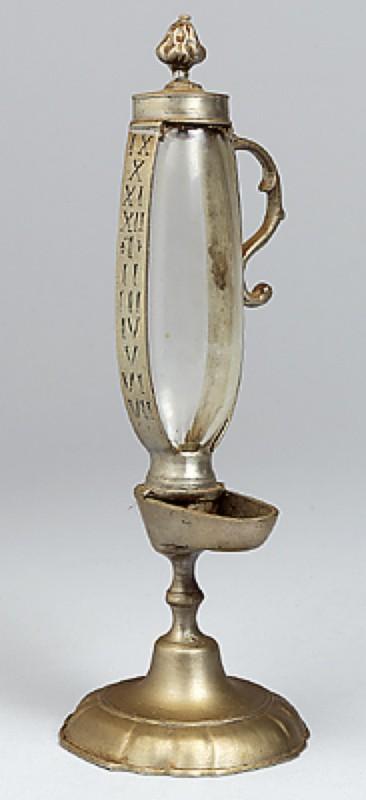 Lámpara Aceite Enciclopedia Libre Reloj WikipediaLa De tBshQxrdC