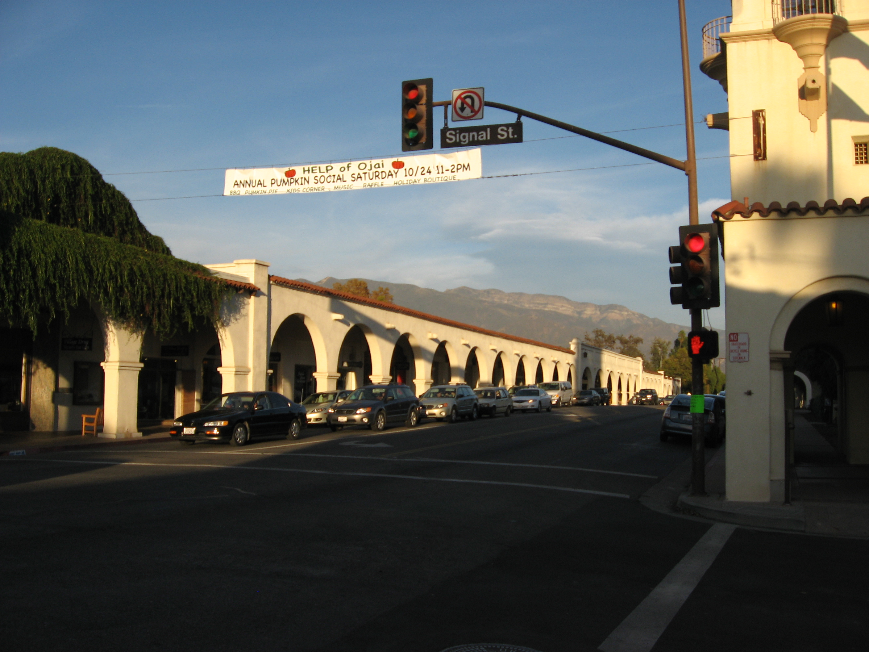 File:Ojai, California (12).jpg - Wikimedia Commons