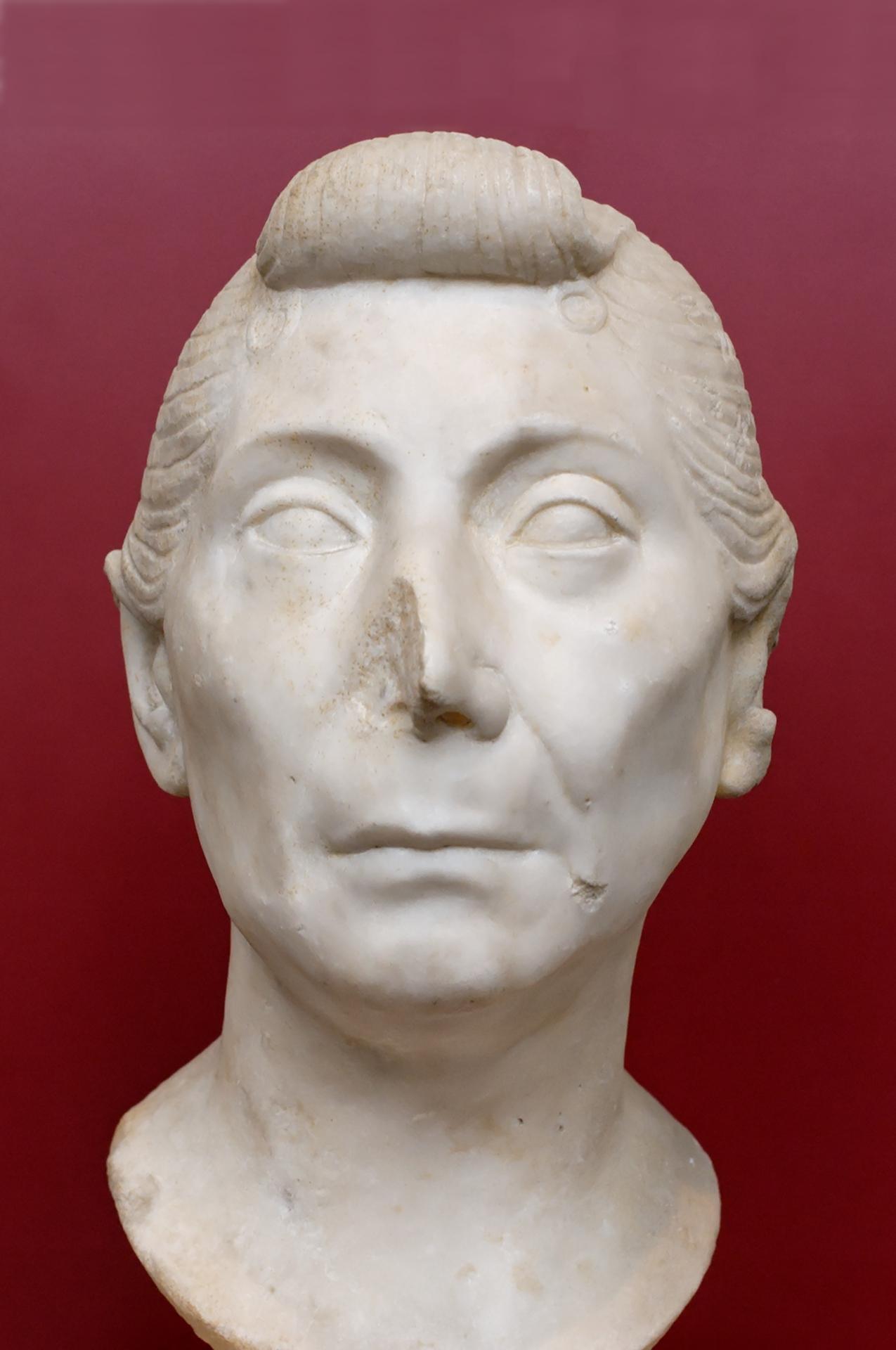 File:Old woman Palazzo Massimo Inc124493.jpg