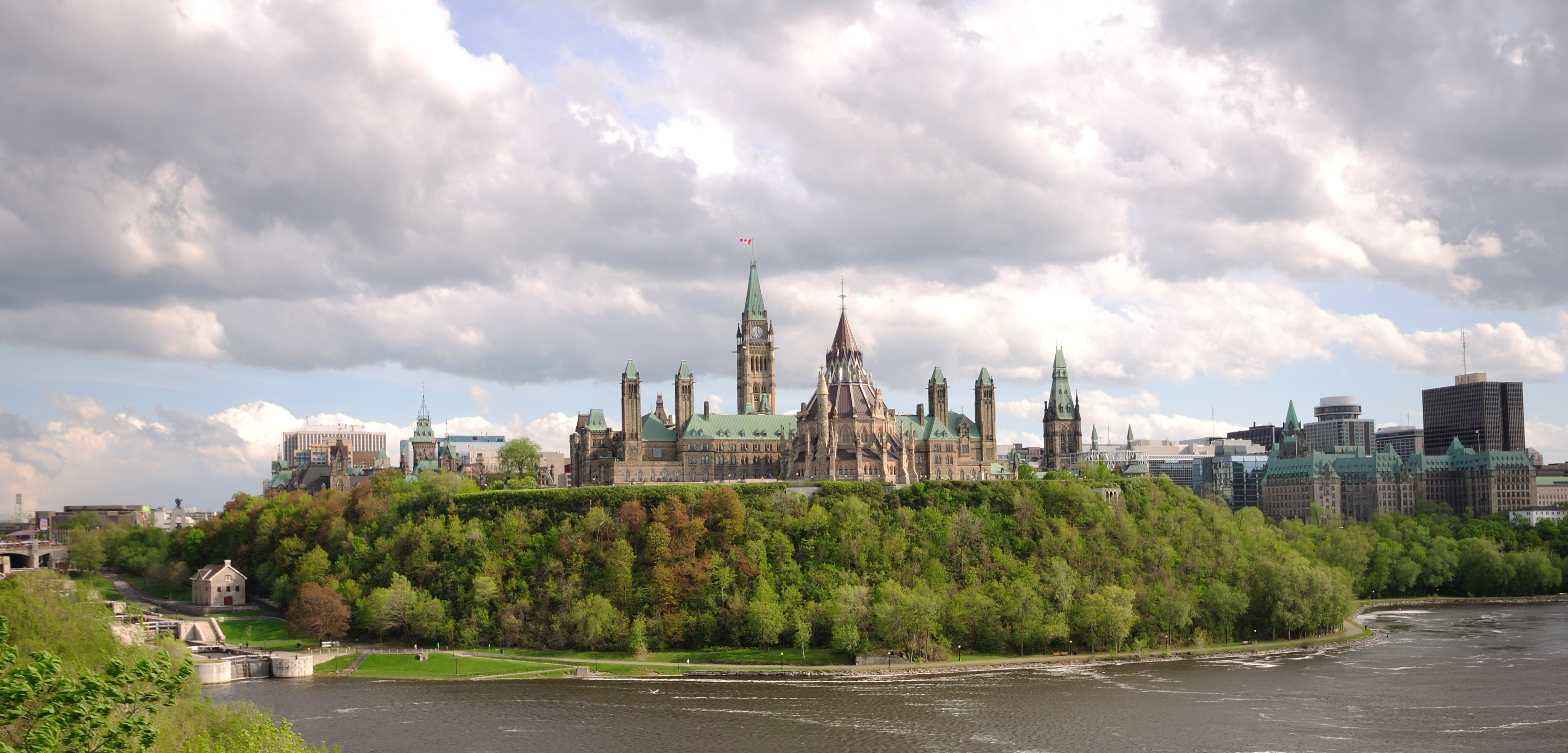 CANADIAN REGION: What are you doing in JULY 2017? Ottawa_-_ON_-_Stadtansicht
