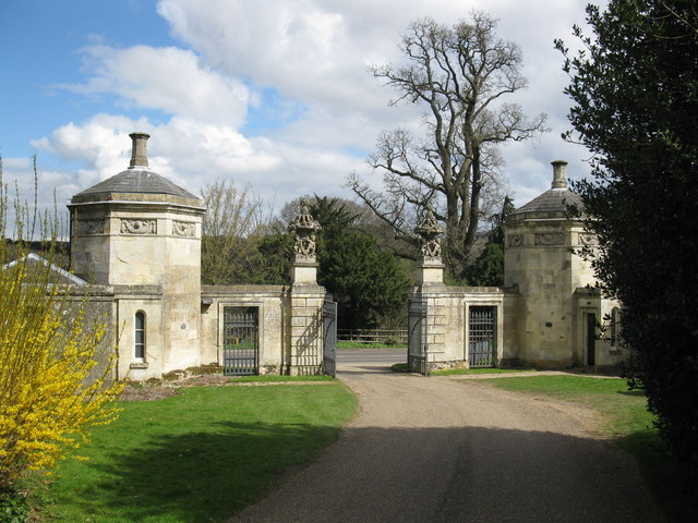 Oxford Lodge, Basildon Park - geograph.org.uk - 1226975