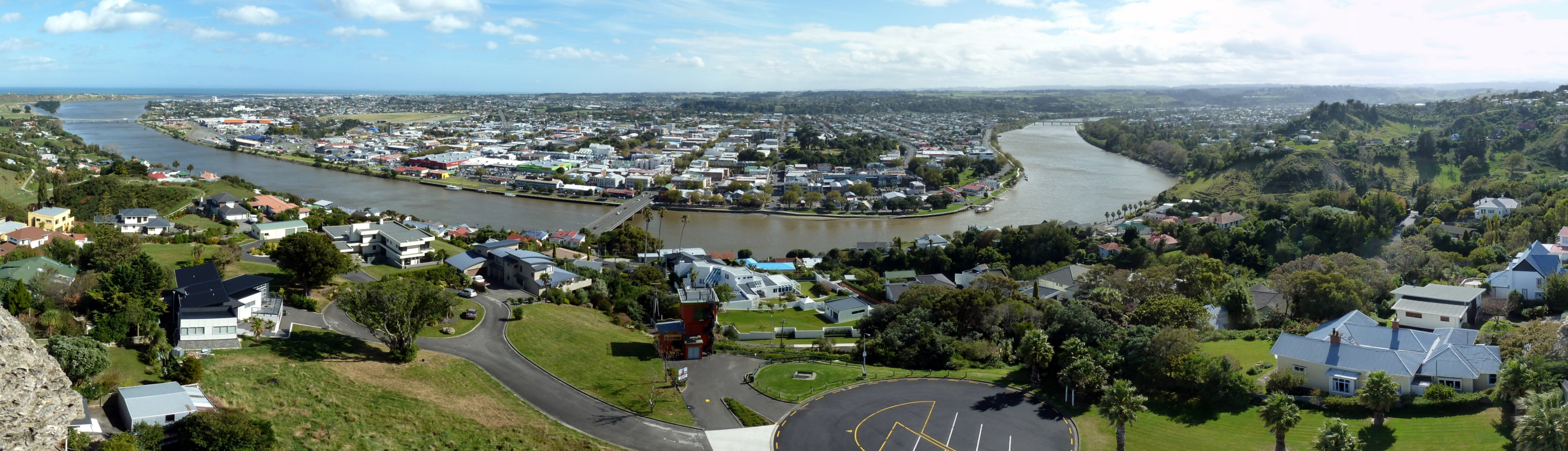 Wanganui New Zealand  city images : panoramic view of Wanganui, New Zealand, from the top of the War ...