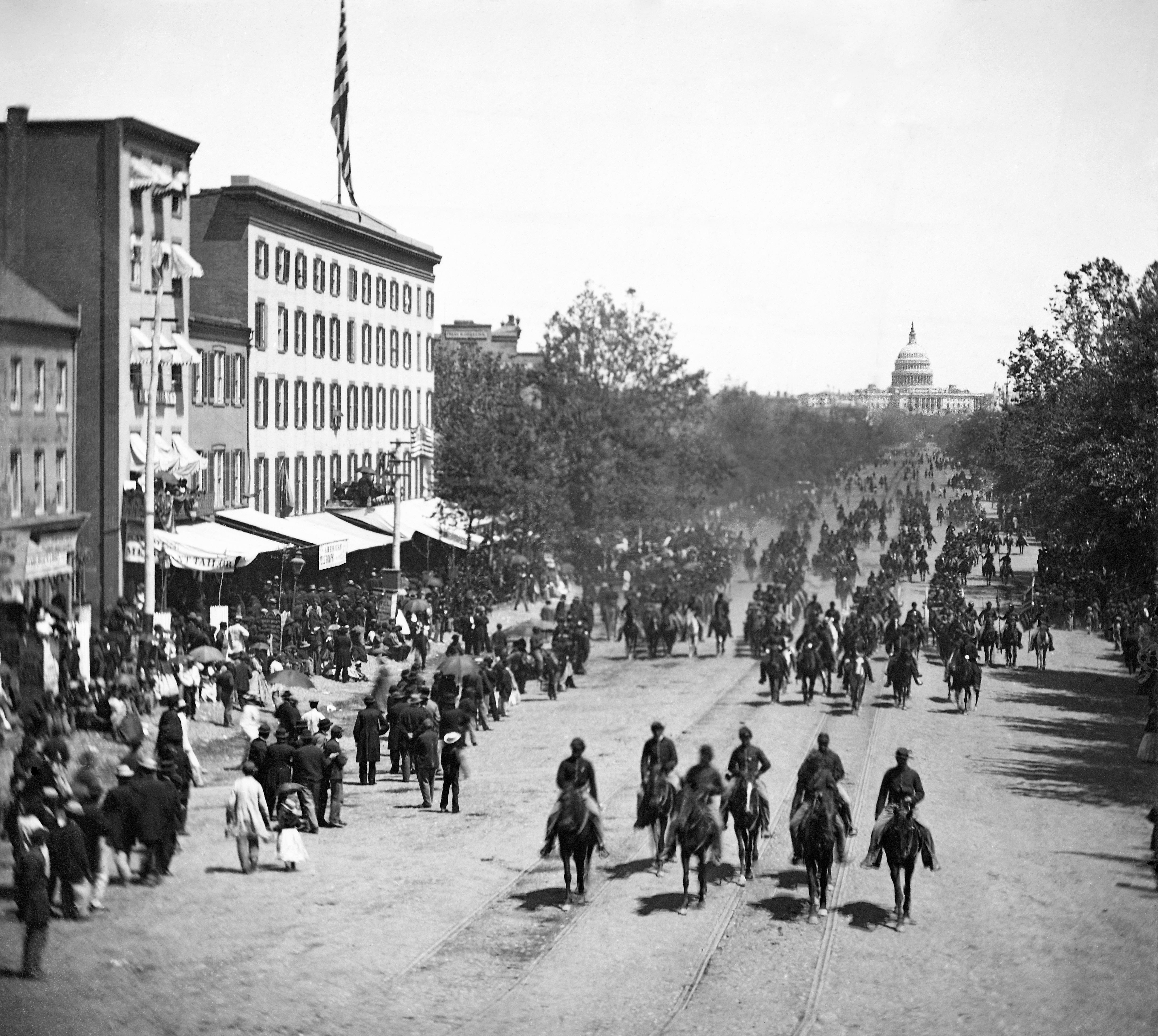 File:Penn Ave May 1865 - restored.jpg - Wikimedia Commons