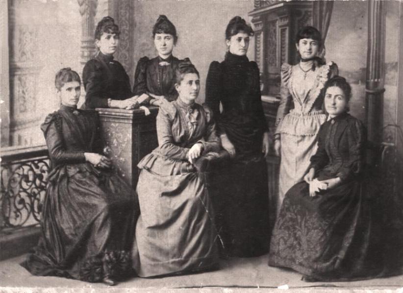 greek women