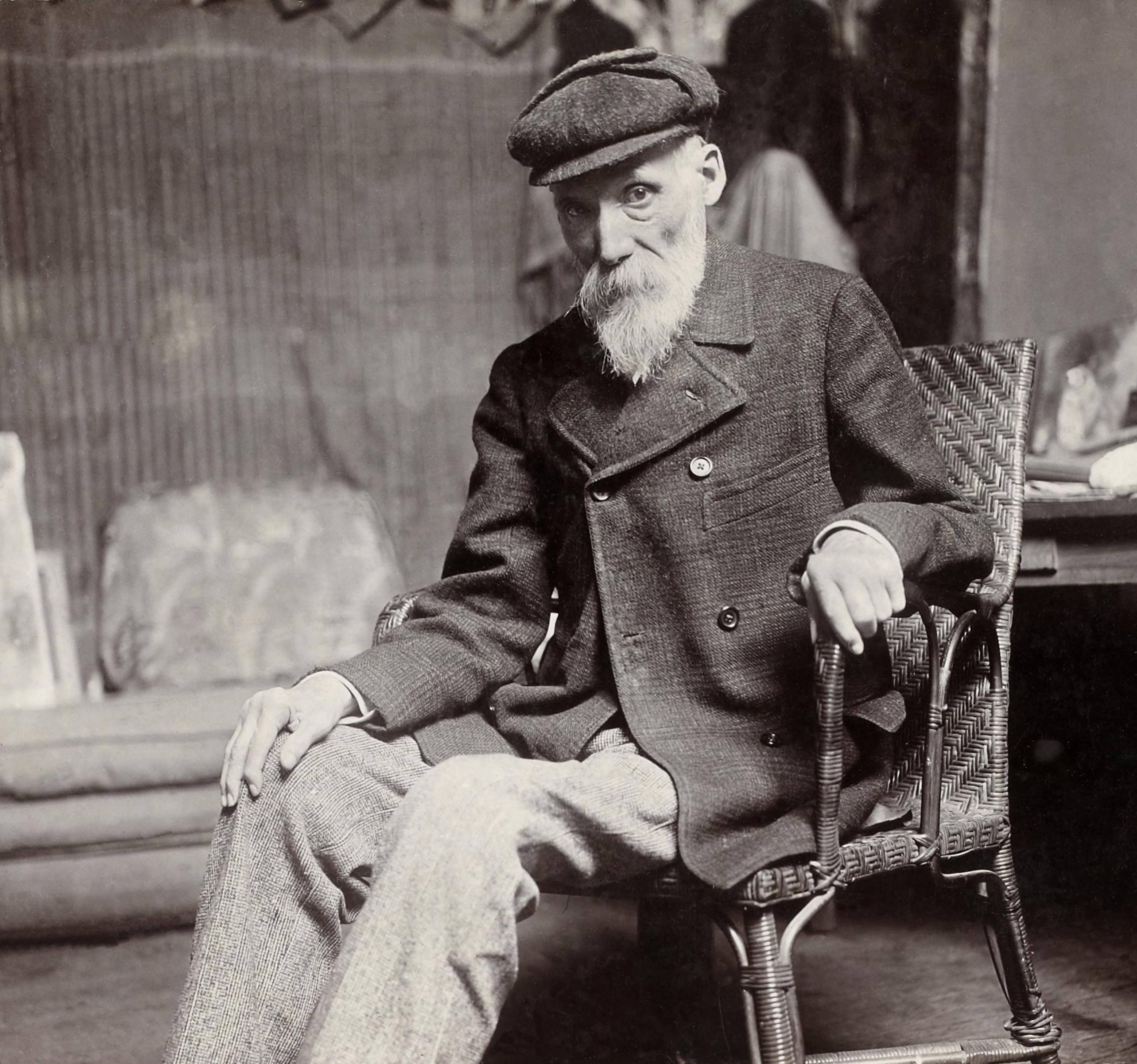 https://upload.wikimedia.org/wikipedia/commons/b/b5/Renoir%2C_Pierre-Auguste%2C_by_Dornac%2C_BNF_Gallica.jpg