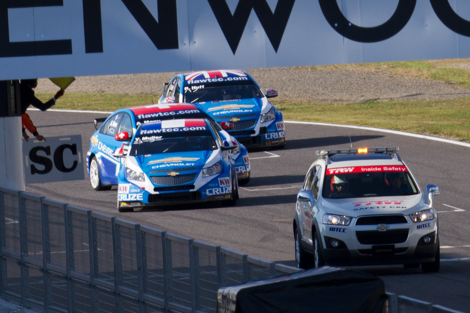 File Safety Car With Chevrolet Trio 2011 Wtcc Race Of