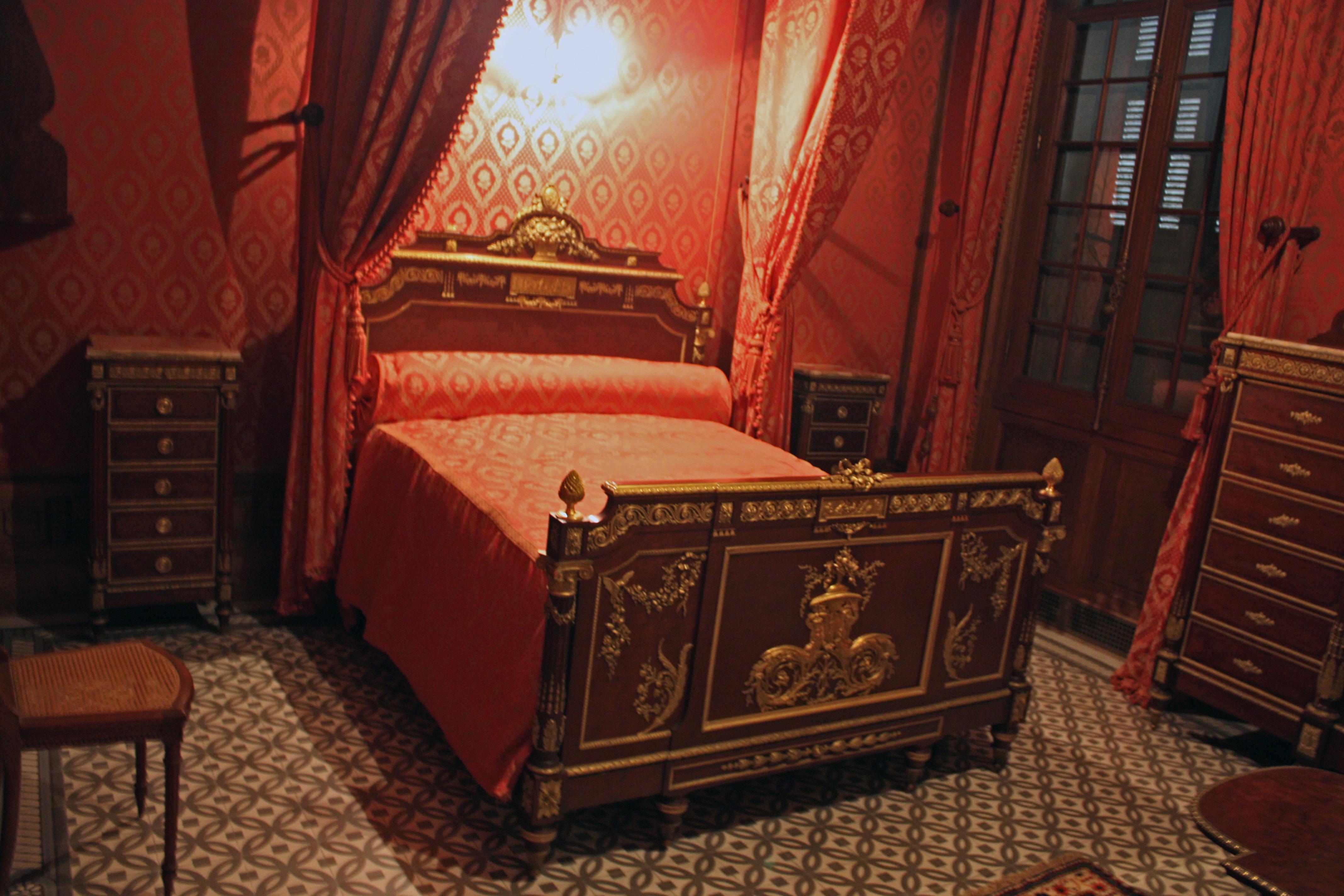 File saintes maries de la mer ch teau d 39 avignon chambre de for Chambre avignon