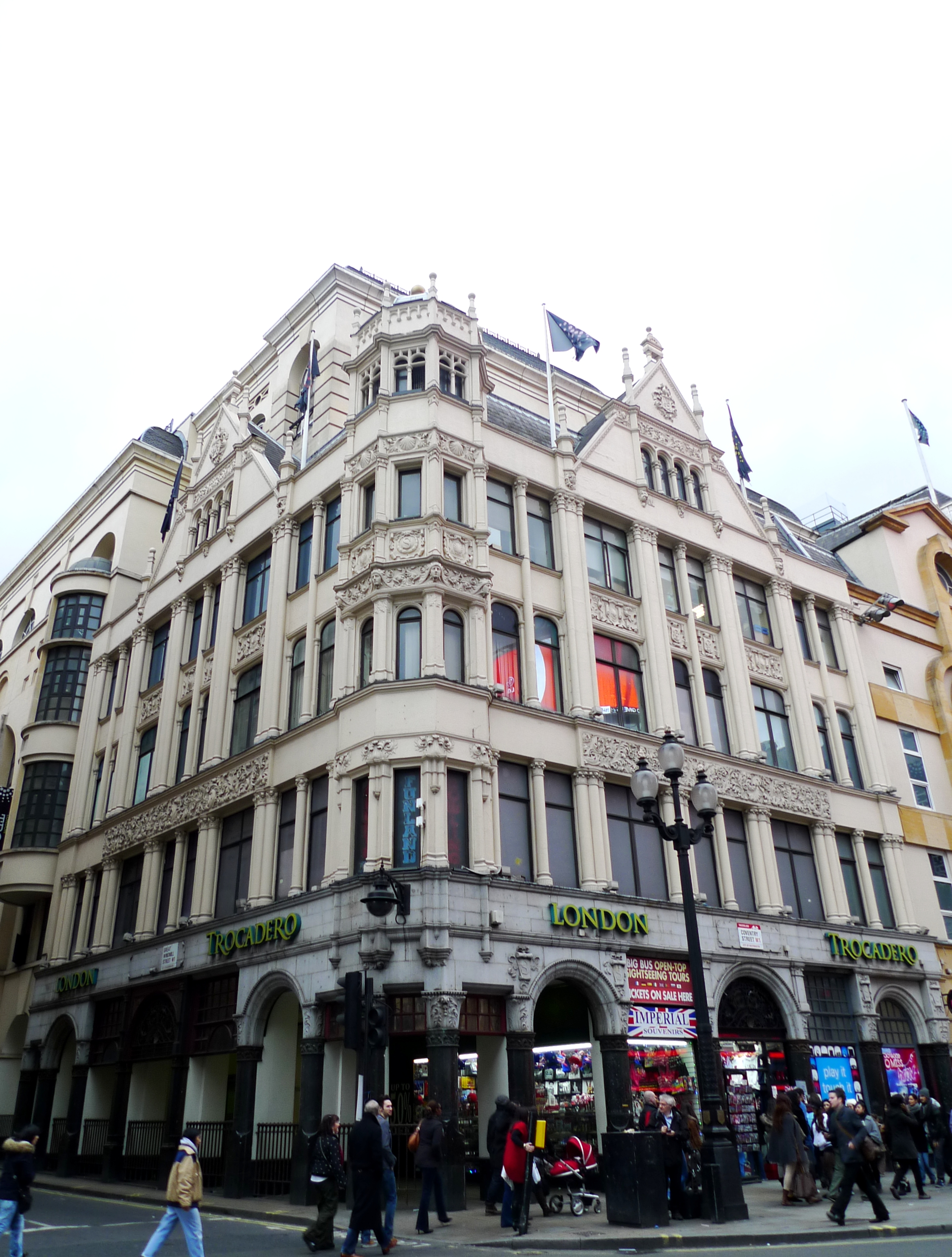 Bars Near Piccadilly Circus >> File Scotts Piccadilly Circus W1 6800973959 Jpg
