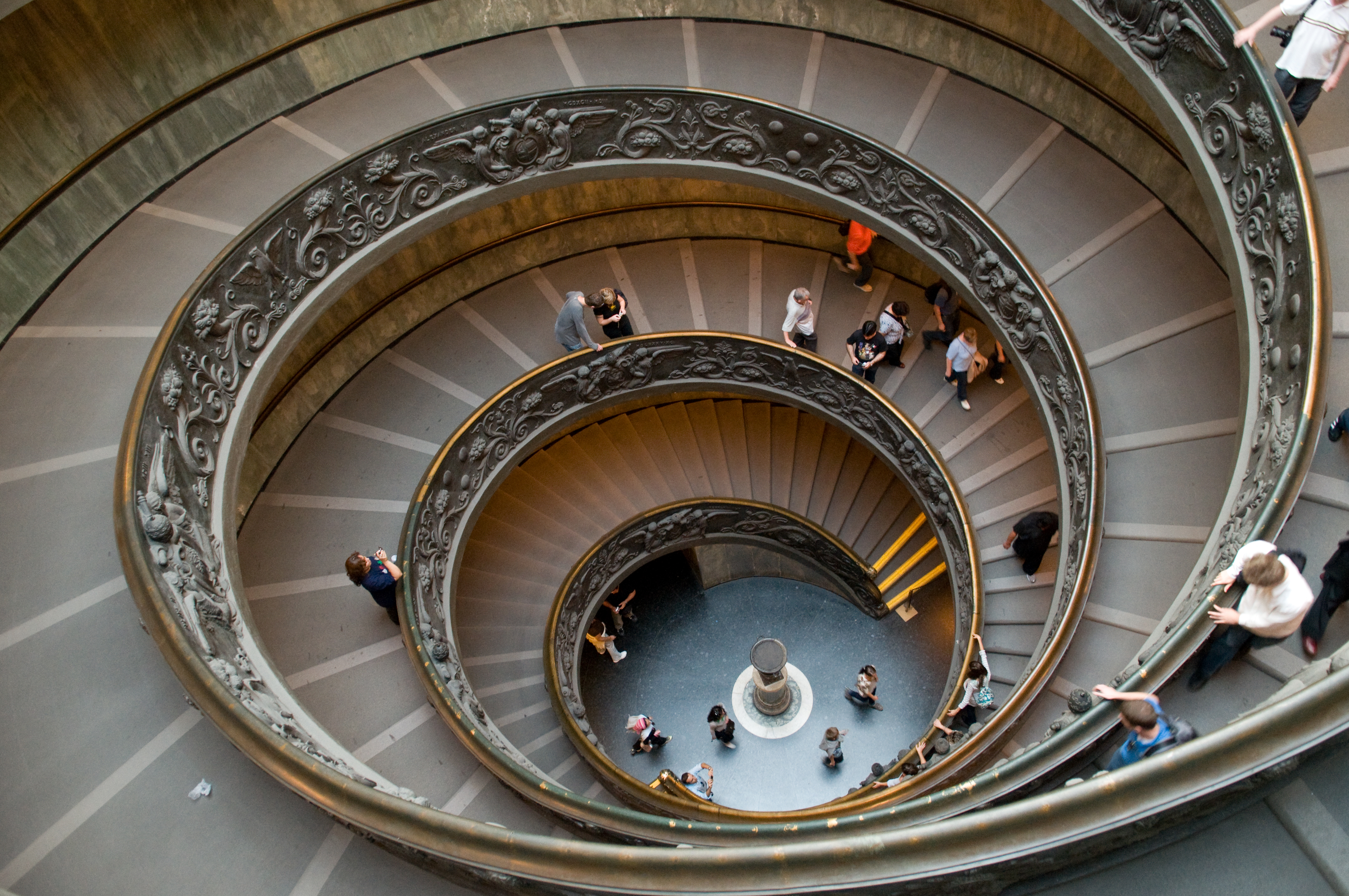 File:Spiral (double Helix) Stairs At The Vatican Museum (2995198130).