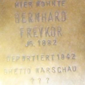 File:Stolperstein-Bernhard-Freykor.jpg