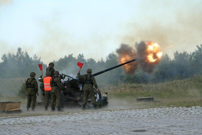 File:Szkolenie przeciwlotników Marynarki Wojennej (03).jpg