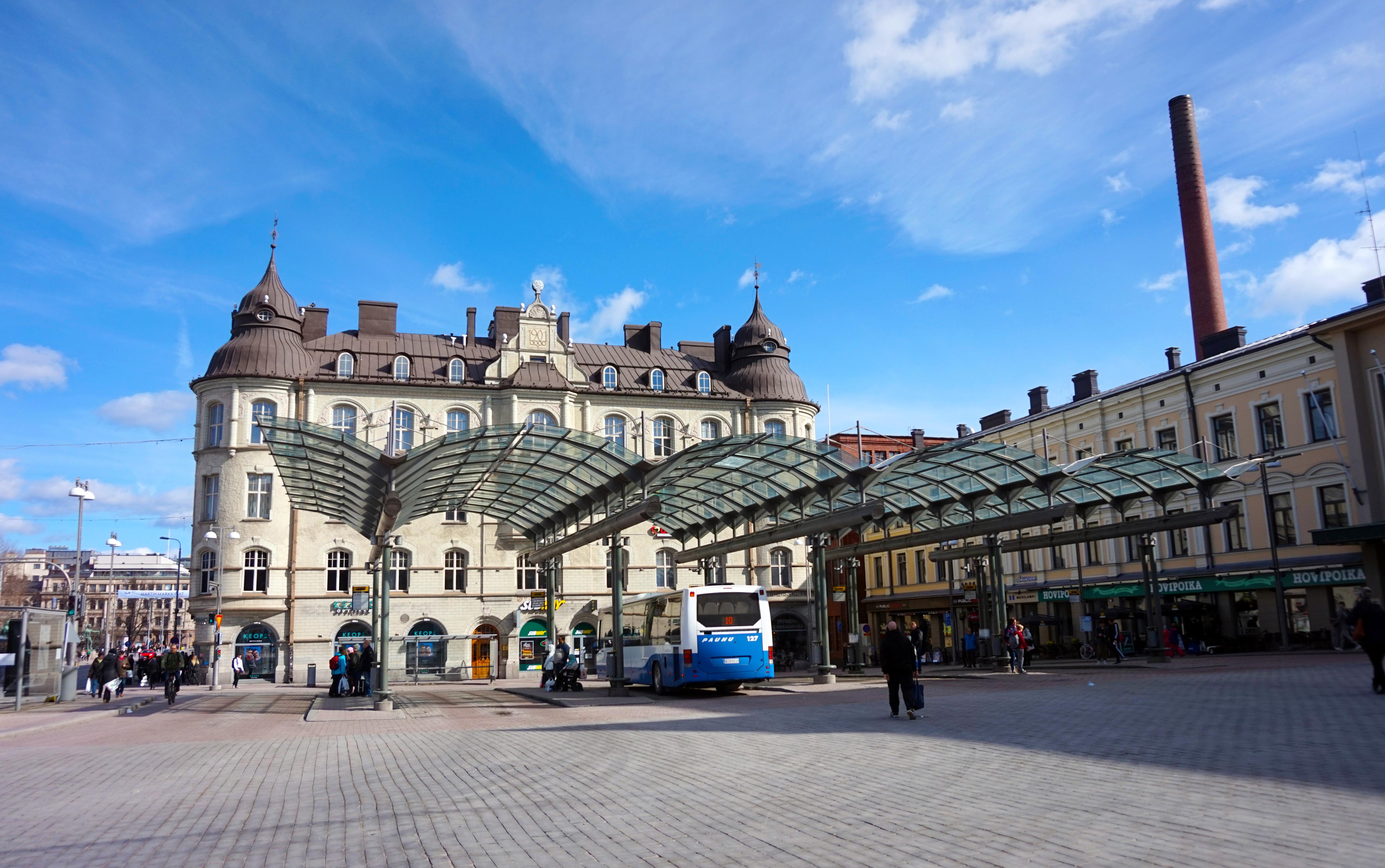 File:Tampere - Keskustori.jpg - Wikimedia Commons