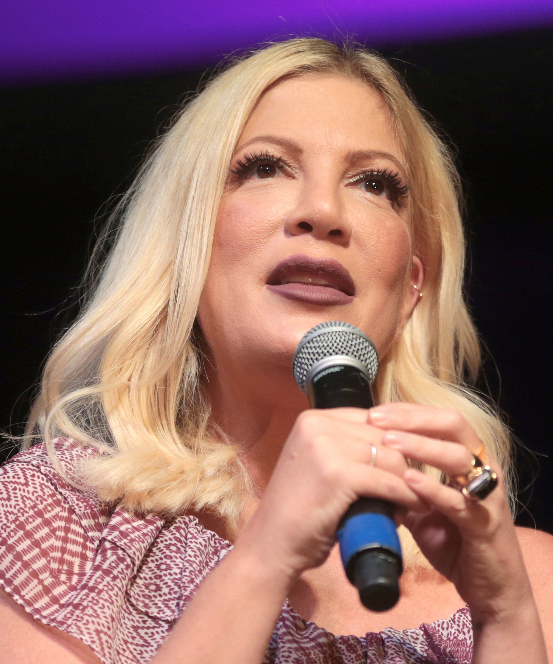 The 45-year old daughter of father Aaron Spelling  and mother Candy Spelling Tori Spelling in 2019 photo. Tori Spelling earned a 1,765 million dollar salary - leaving the net worth at 1.5 million in 2019
