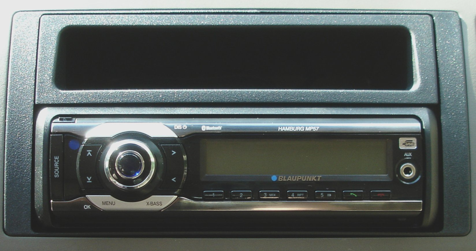 Watch besides Mazda 3 Pioneer Dvd Ipod Radio Aftermarket Dash Kit further M207 Peugeot 207 Media Satnav 2007 14 in addition 197 as well Jeep Wrangler Oem Fit Backup Camera System For Factory Display Radios. on aftermarket navigation radio