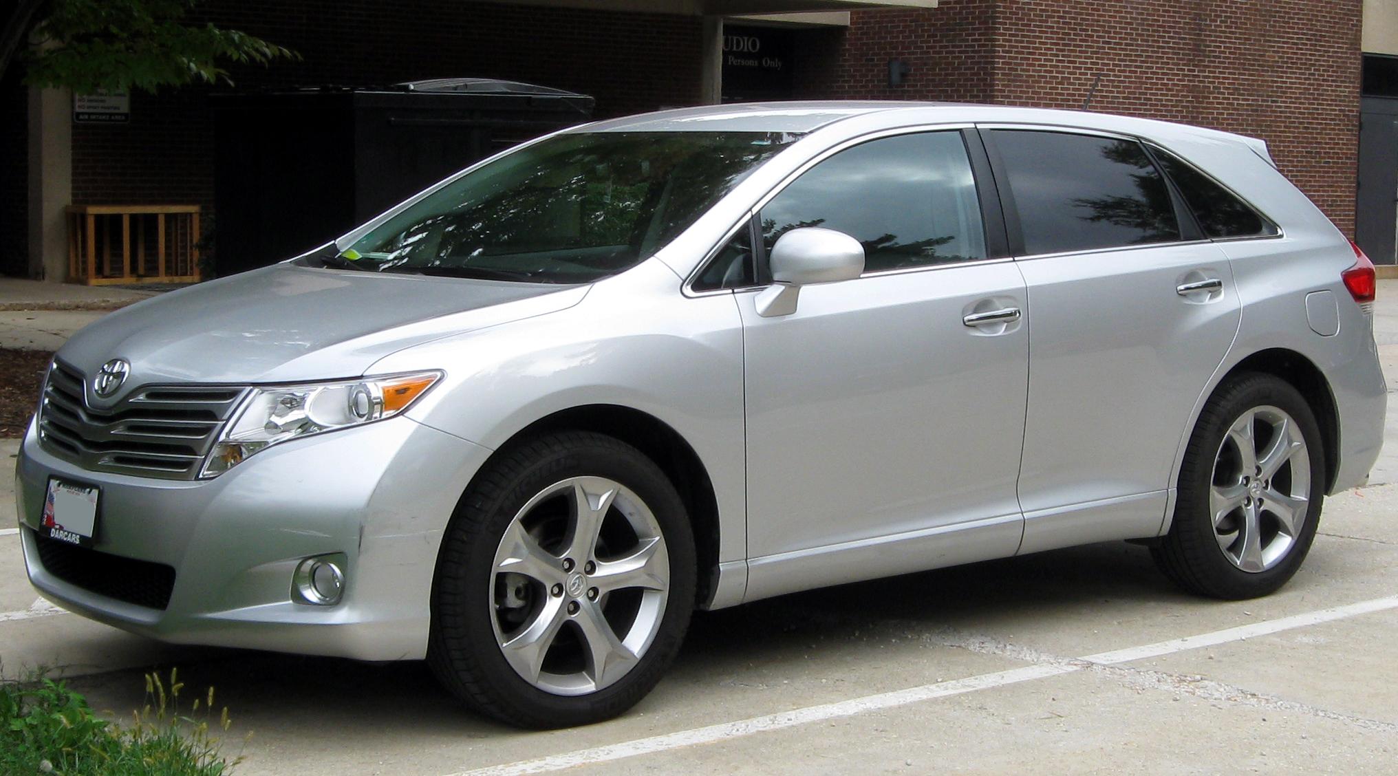 Toyota Венза 2010 фото