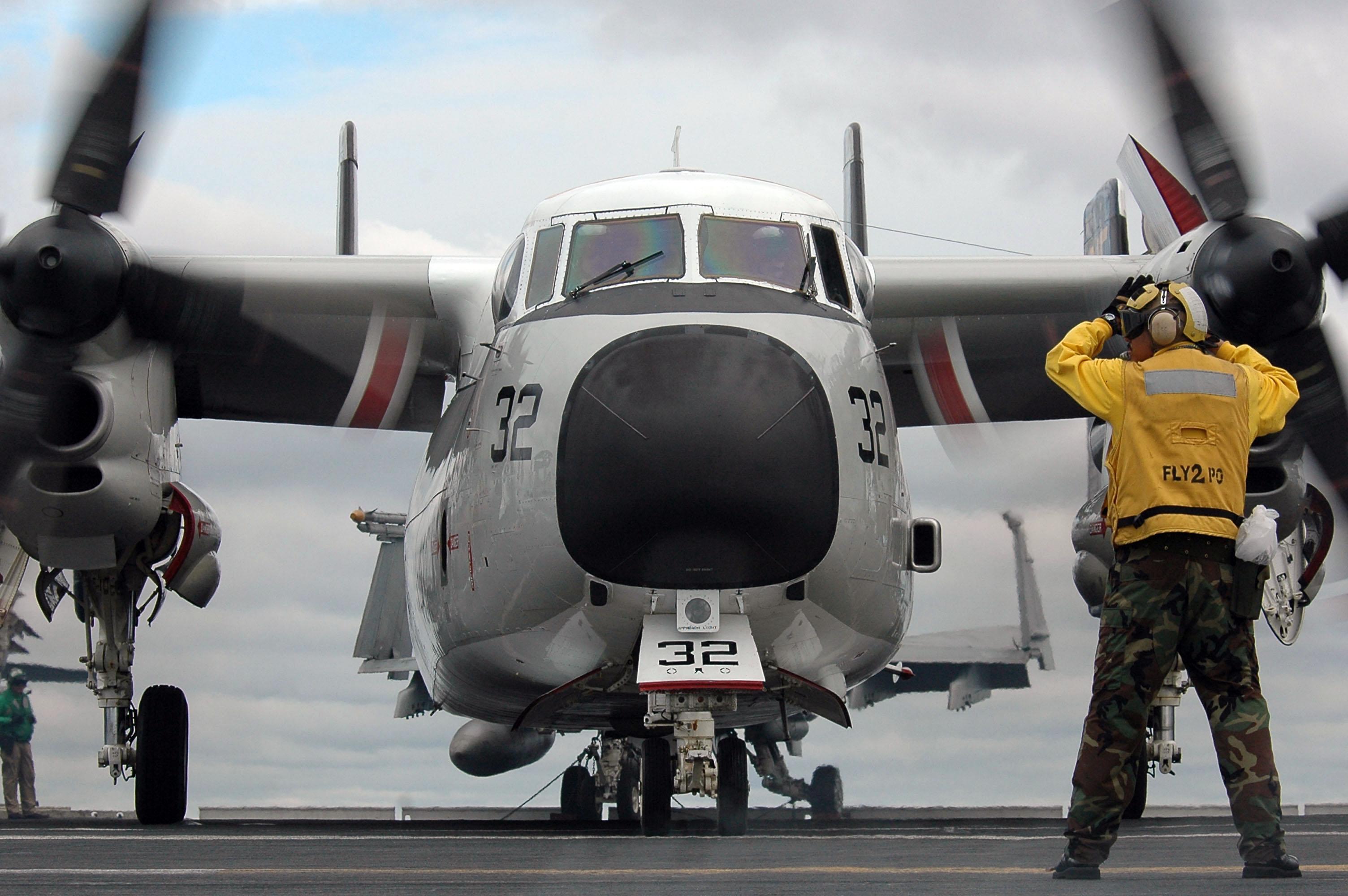 C 2a Greyhound Logistics Aircraft File:US Navy 070619-N-...