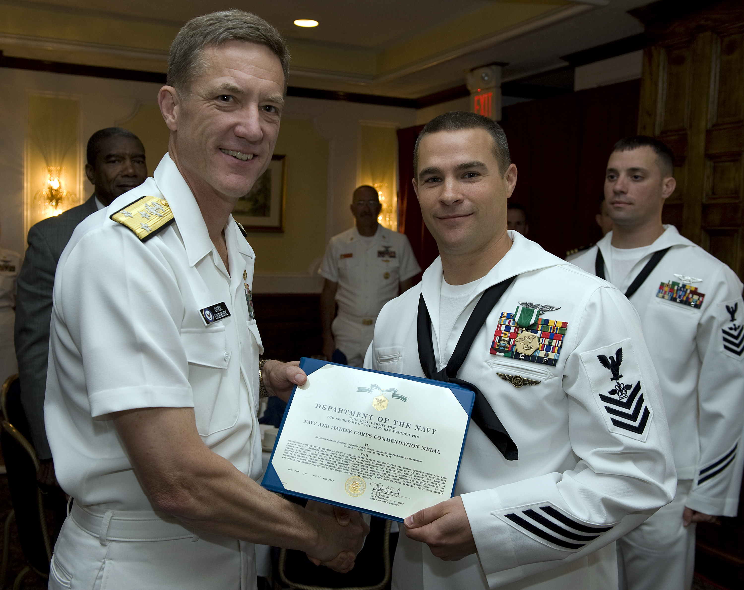 File:US Navy 090521-N-1722M-120 Chief of Navy Reserve Vice Admiral ...