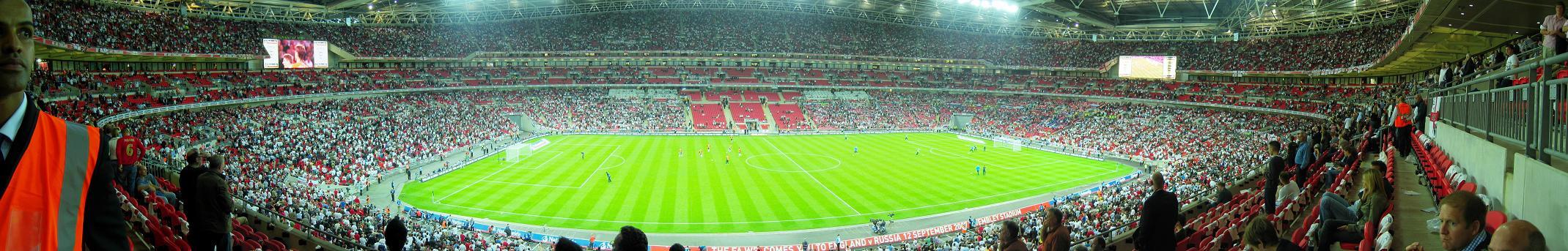 Панорама внутри стадиона «Уэмбли»