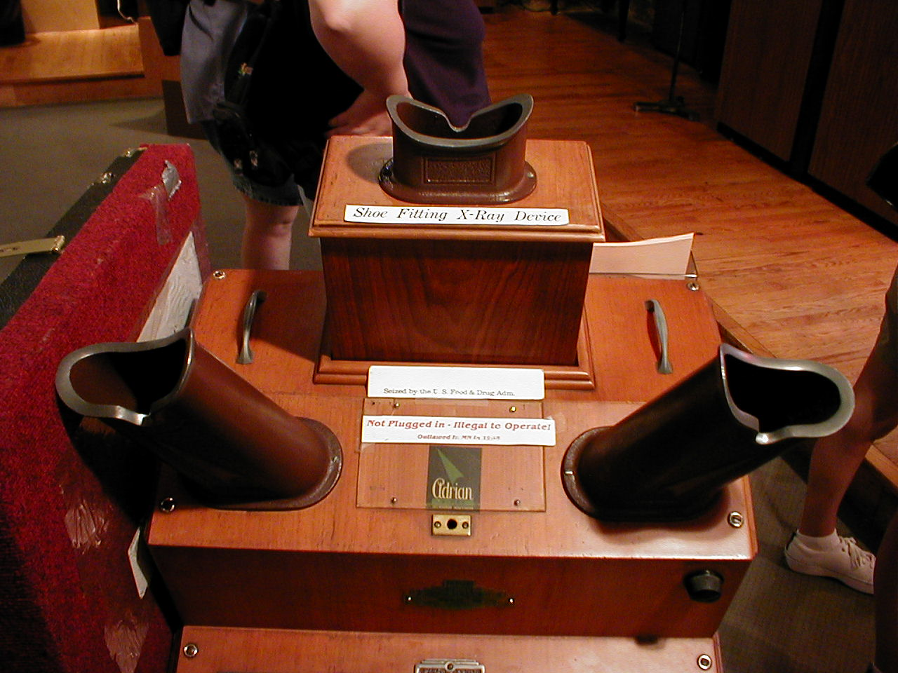 x shoe machine