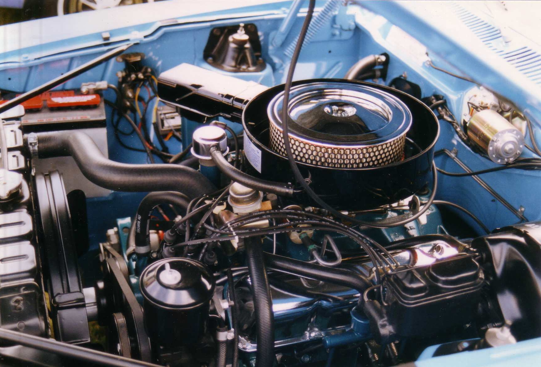 1970_AMC_Javelin_390_CID_Go_Package_engine file 1970 amc javelin 390 cid go package engine jpg wikimedia 1971 AMC Javelin at crackthecode.co
