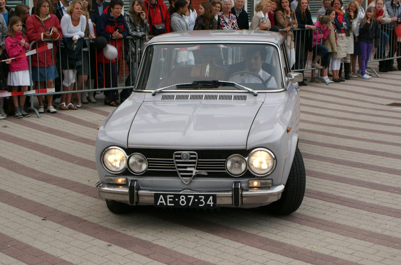 File Alfa Romeo Giulia Super Jpg Wikimedia - Alfa romeo giulia 1972