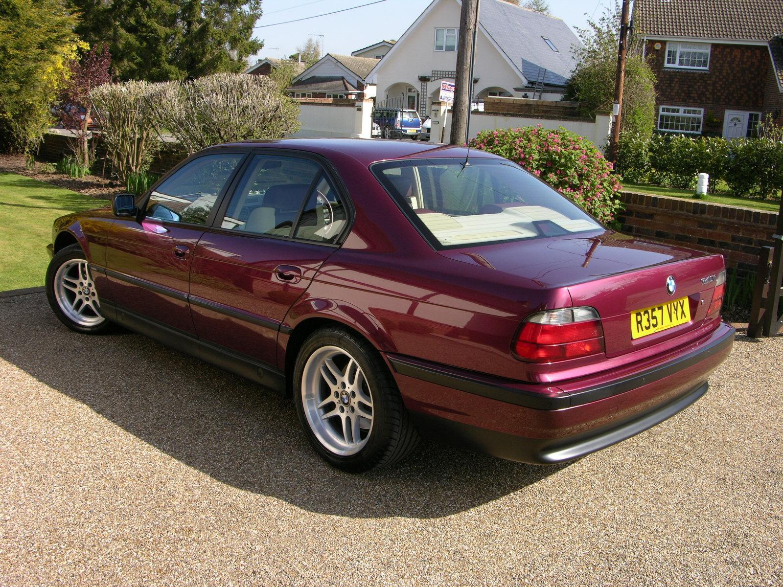 File1998 BMW 740i Individual