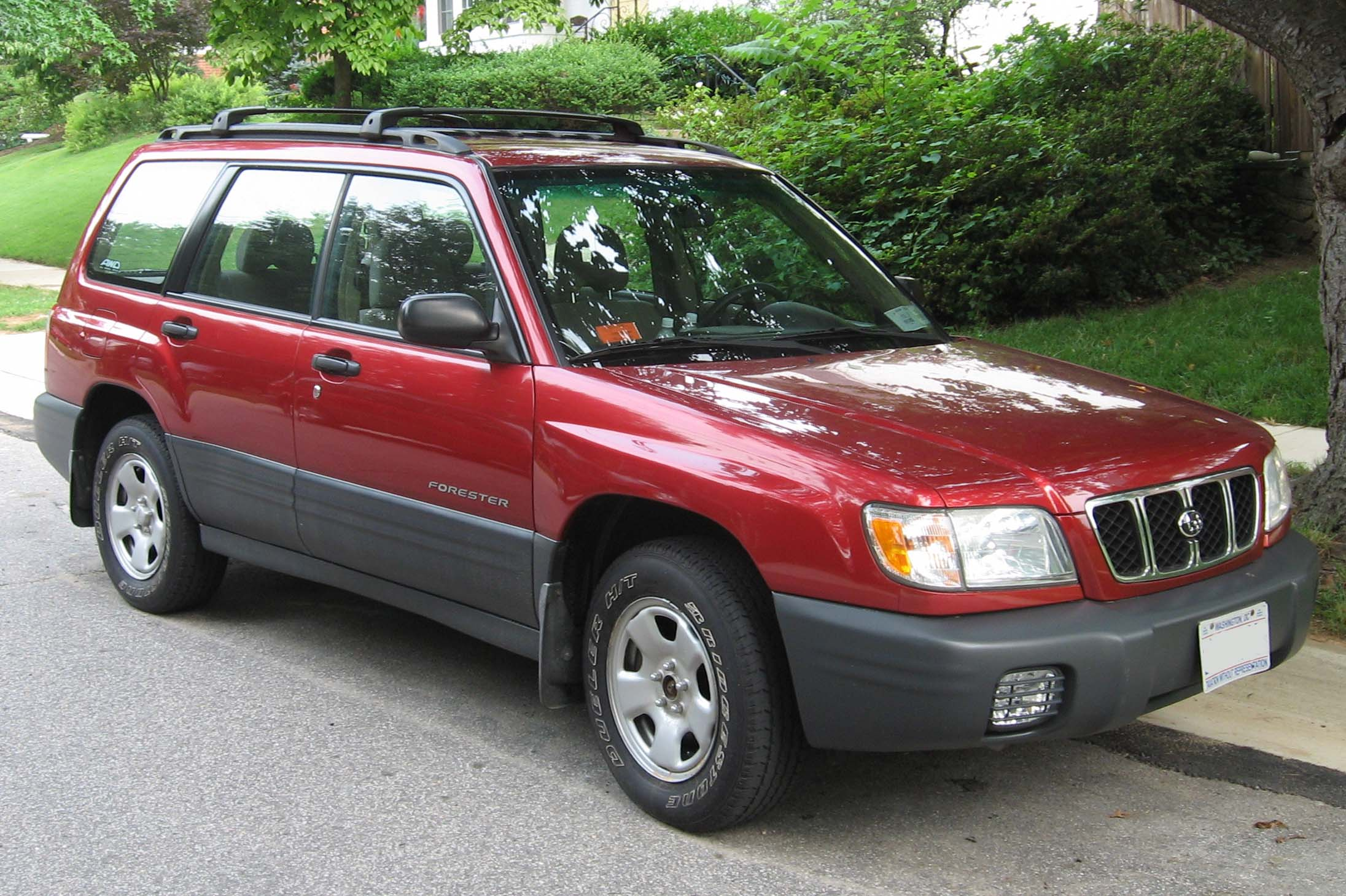 file 2001 subaru forester jpg wikimedia commons https commons wikimedia org wiki file 2001 subaru forester jpg