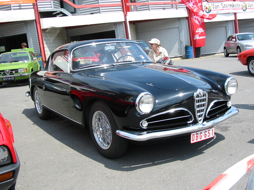 Picture of Stylish car Alfa Romeo 1900, exotic model Alfa Romeo 1900