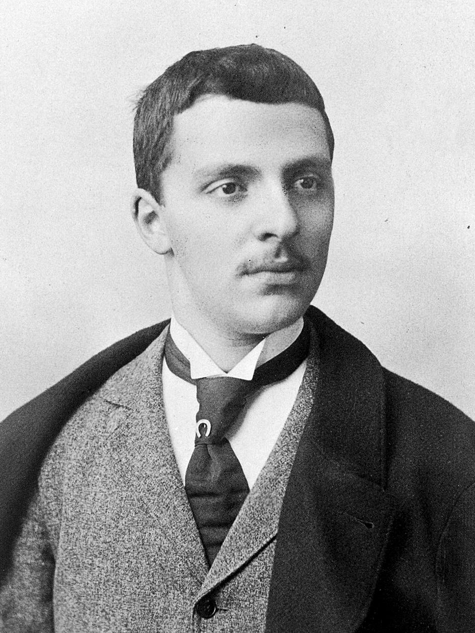 Arturo Castiglioni, c. 1900