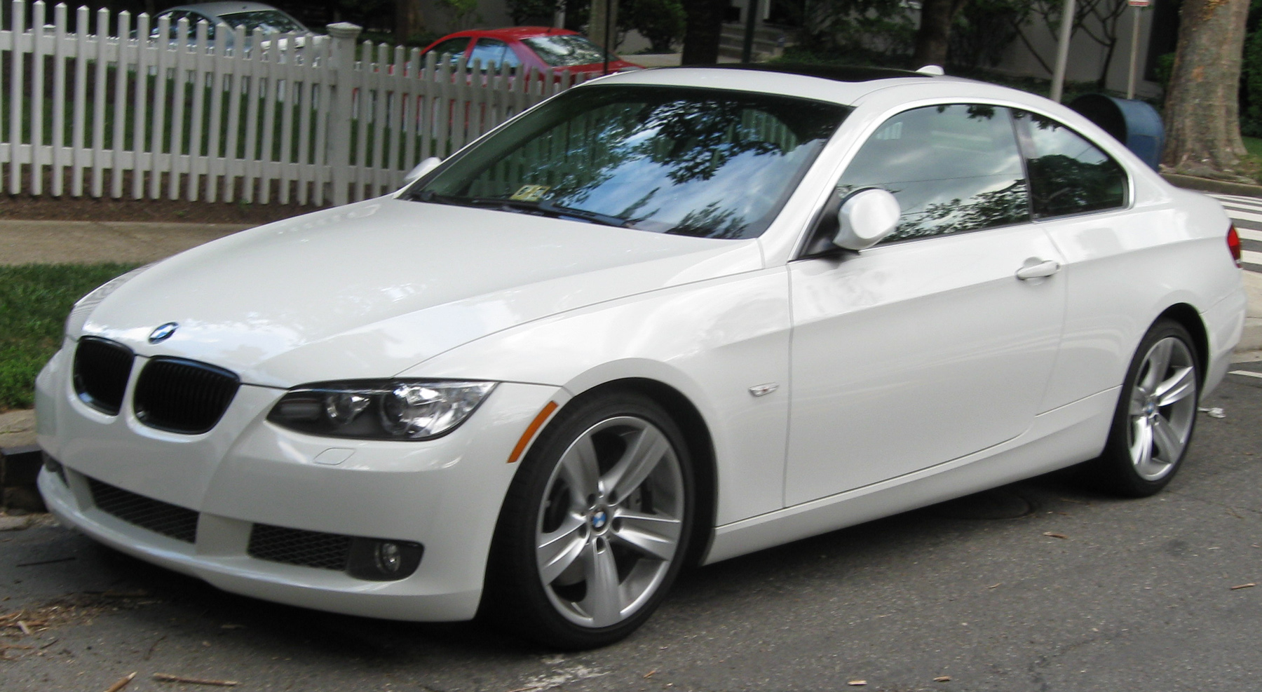 File Bmw 335i Coupe 07 09 2009 Jpg Wikipedia