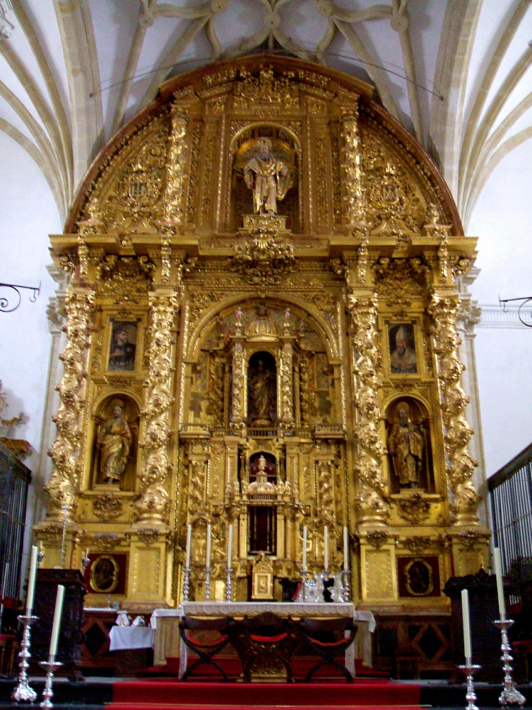 FileBaeza Catedral, interior 11.jpg Wikimedia Commons